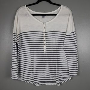 Aerie white and gray long sleeve Henley tee L